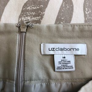 Liz Claiborne Skirts - Liz Claiborne Pencil Skirt